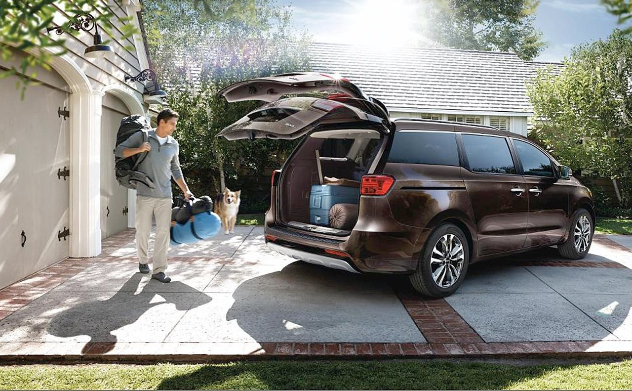 Kia kia sedona 2015 : The Redesigned 2015 Kia Sedona is a Stylish and Versatile Family ...